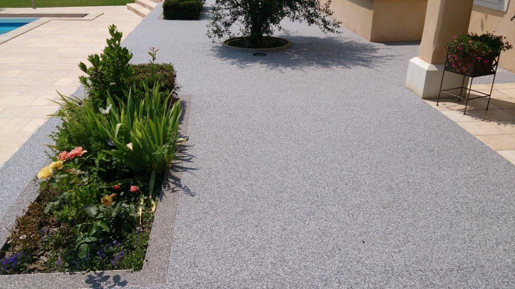 Rénovation d'une terrasse en résine de marbre à Agde - PM Aménagement