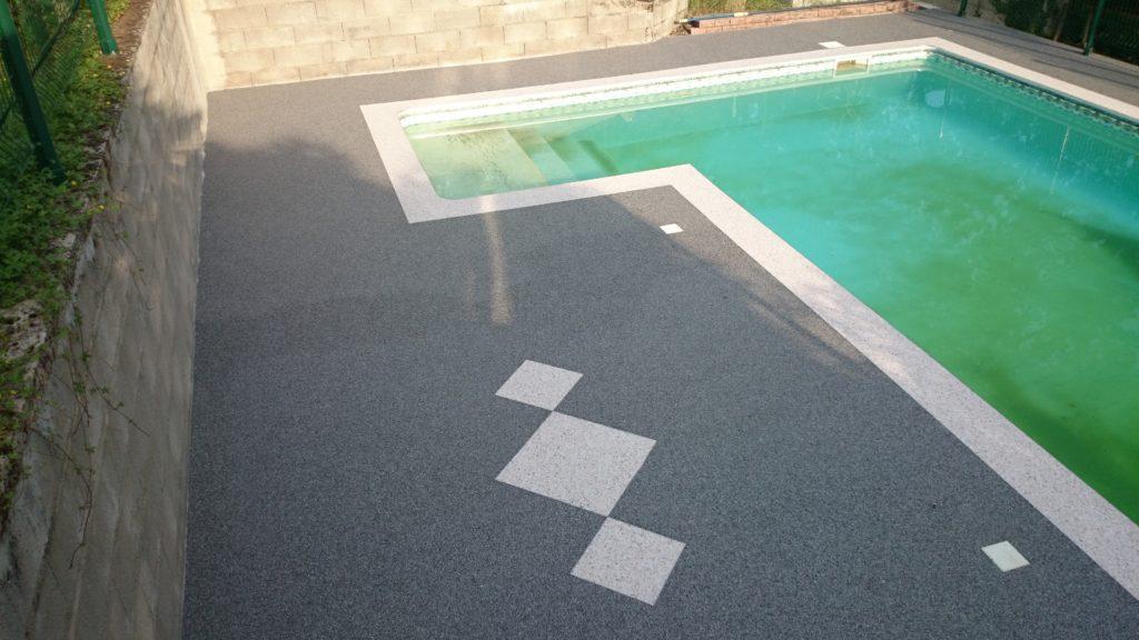 Aménagement d'une piscine en moquette de Pierre sur Montpellier - PM Aménagement
