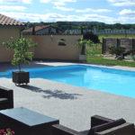 Abord de piscine en moquette de marbre - PM Aménagement